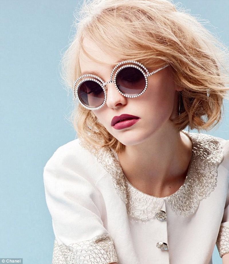 солнцезащитные очки Chanel-1