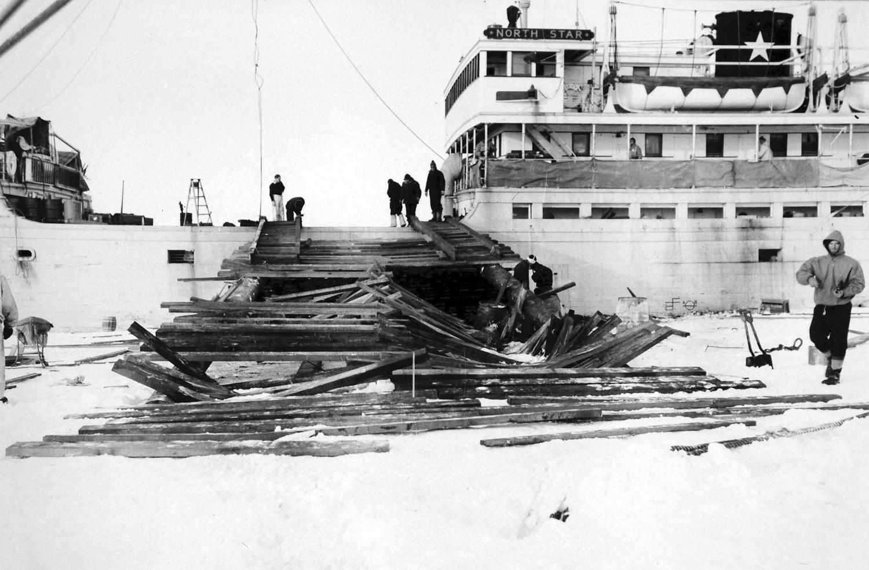 антарктика, внедорожник, адмирал Берд, экспедиция-12