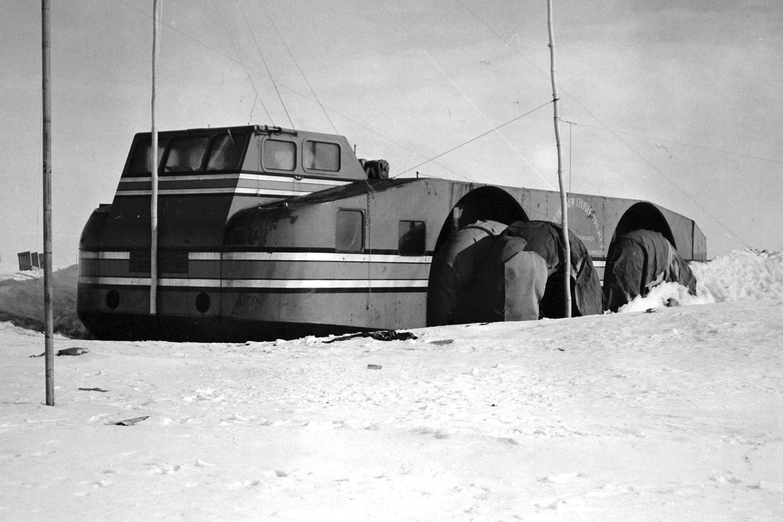 антарктика, внедорожник, адмирал Берд, экспедиция-18
