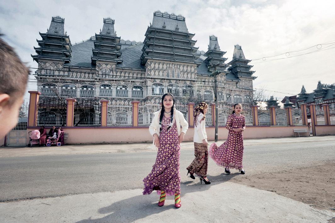 как живут цыгане, дома цыган, смотреть цыганские свадьбы, цыганские женщины, цыганский барон № 5