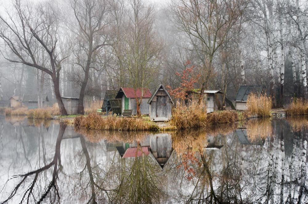 отражение в воде, рыбацкая деревня, брошенные деревни, рыбацкий поселок, фото № 1