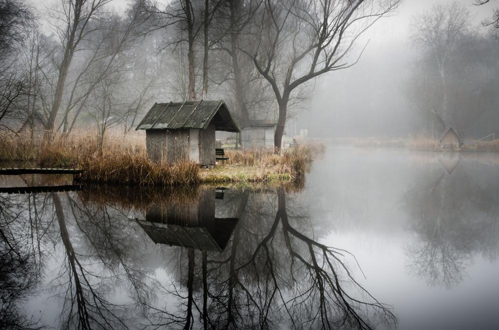 отражение в воде, рыбацкая деревня, брошенные деревни, рыбацкий поселок, фото № 3