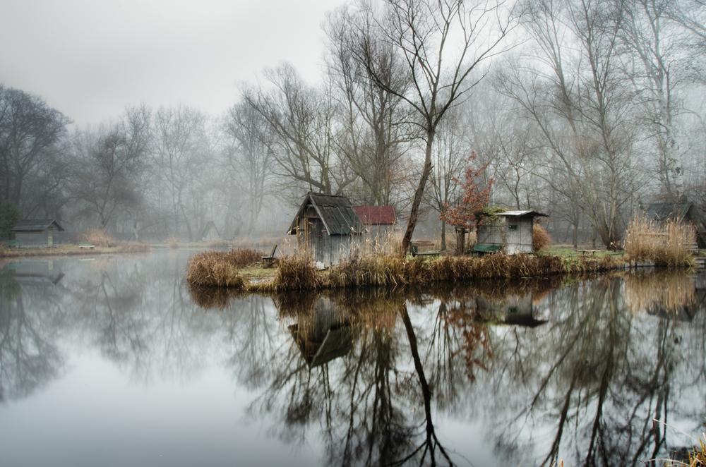 отражение в воде, рыбацкая деревня, брошенные деревни, рыбацкий поселок, фото № 5
