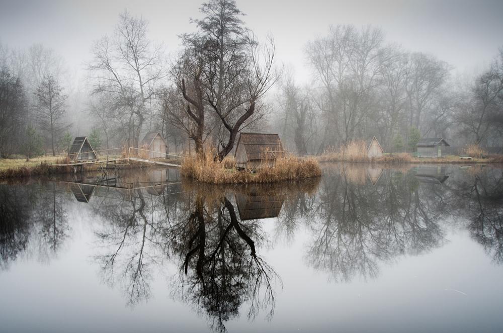 отражение в воде, рыбацкая деревня, брошенные деревни, рыбацкий поселок, фото № 6