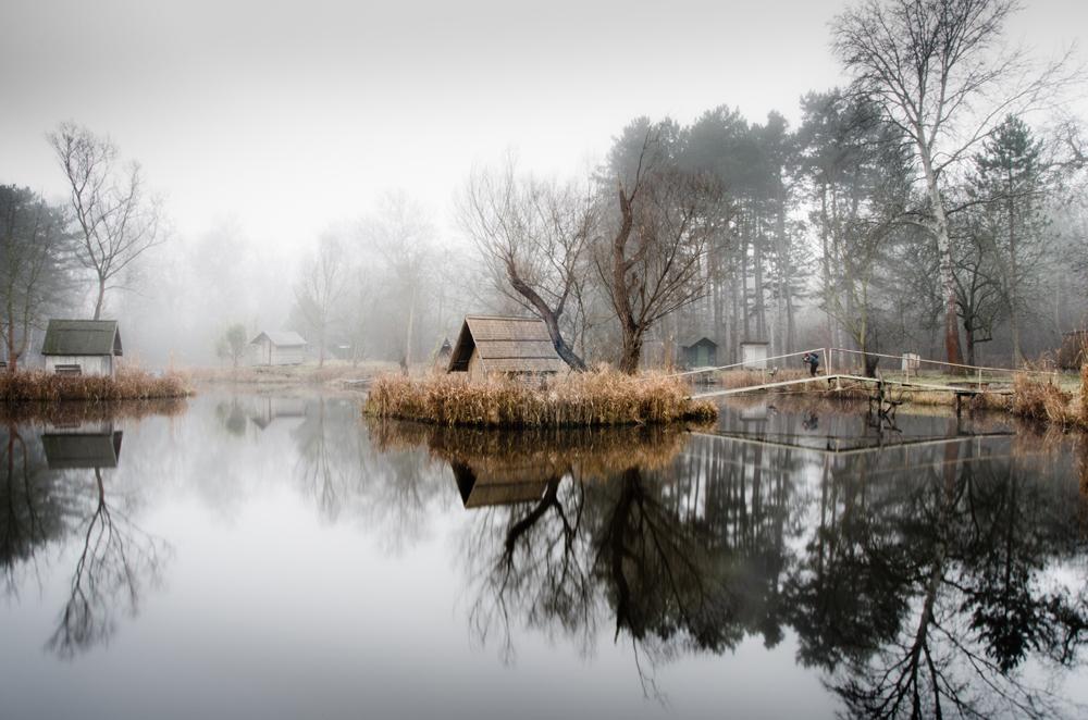 отражение в воде, рыбацкая деревня, брошенные деревни, рыбацкий поселок, фото № 8