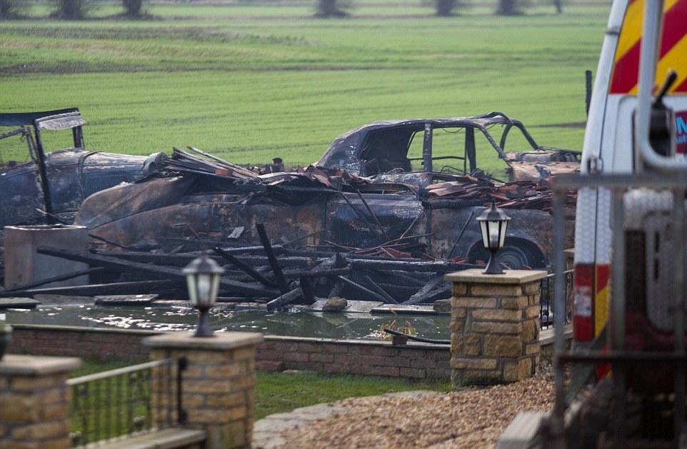 сгорел автомобиль, самые дорогие автомобили мира, редкие автомобили, фото № 2