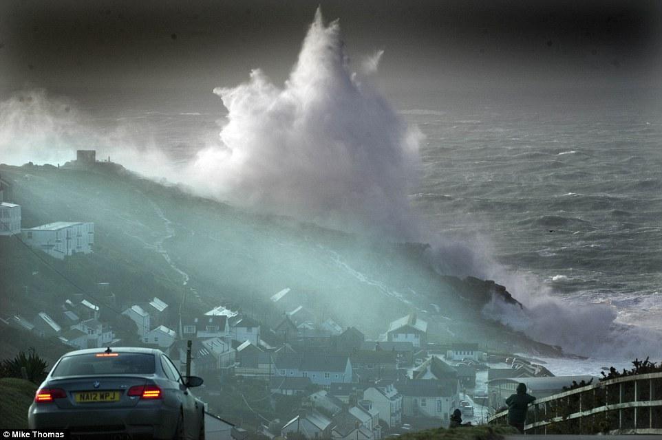 шторм в Великобритании, ураган, Корниш, фото № 12