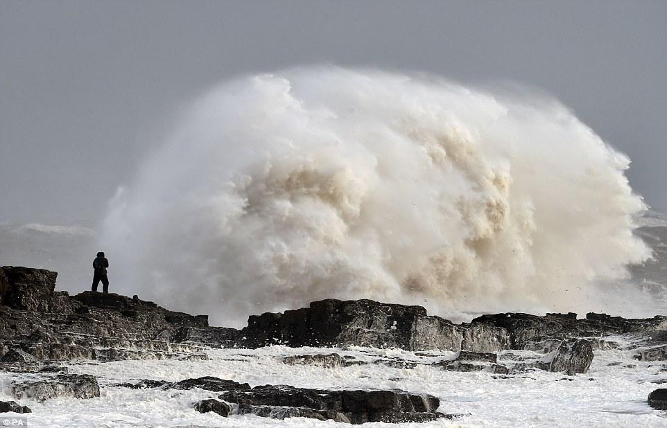 шторм в Великобритании, ураган, Корниш, фото № 14