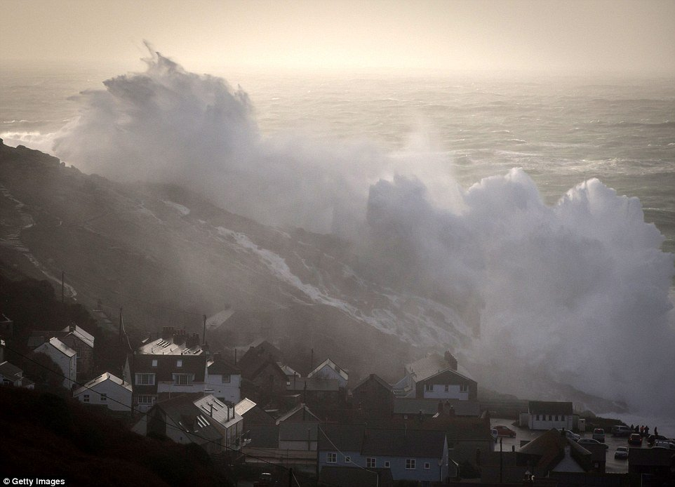 шторм в Великобритании, ураган, Корниш, фото № 15
