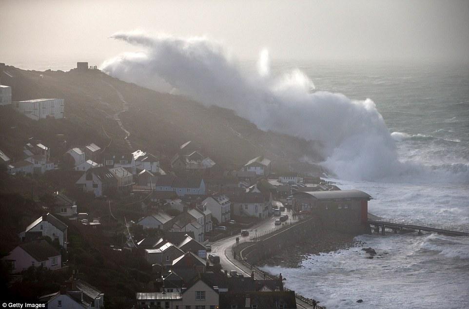 шторм в Великобритании, ураган, Корниш, фото № 19