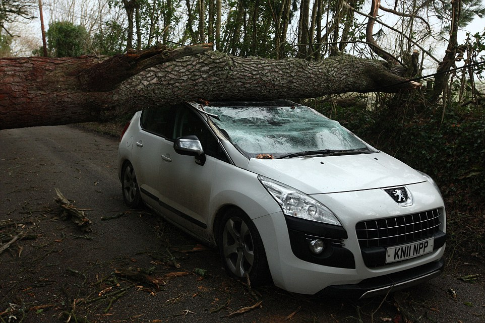 шторм в Великобритании, ураган, Корниш, фото № 3