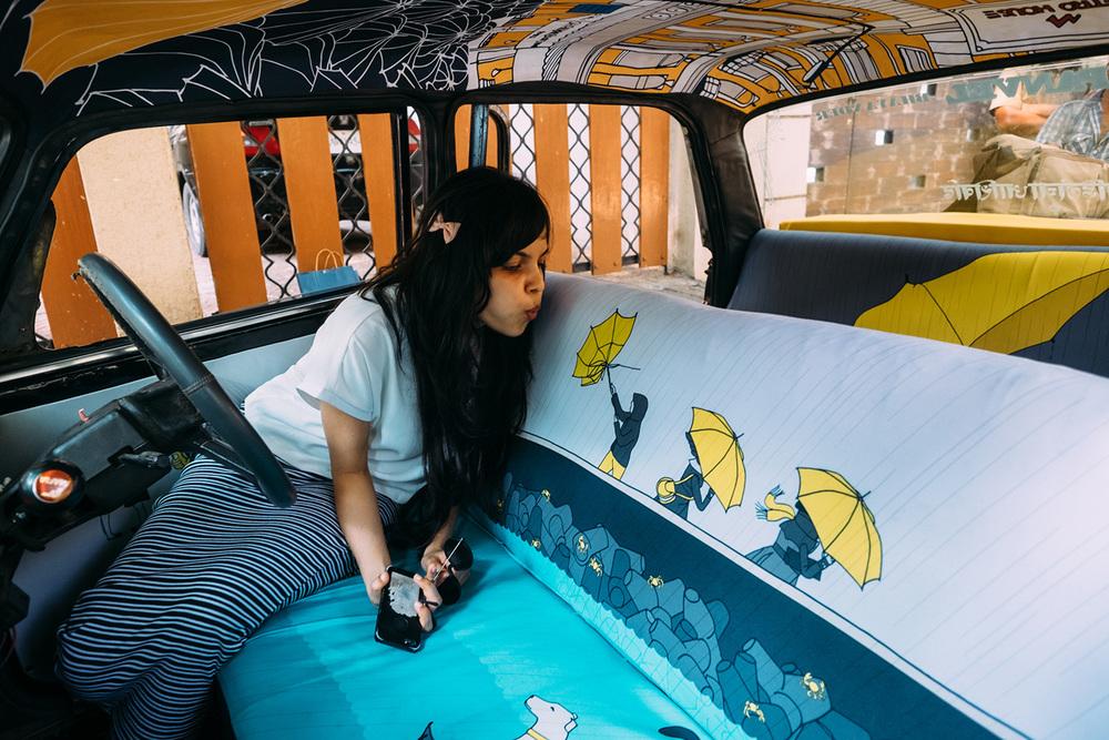 транспорт Индии, такси Индии, тюнинг такси, окраска салона автомобиля, дизайн салона автомобиля-7