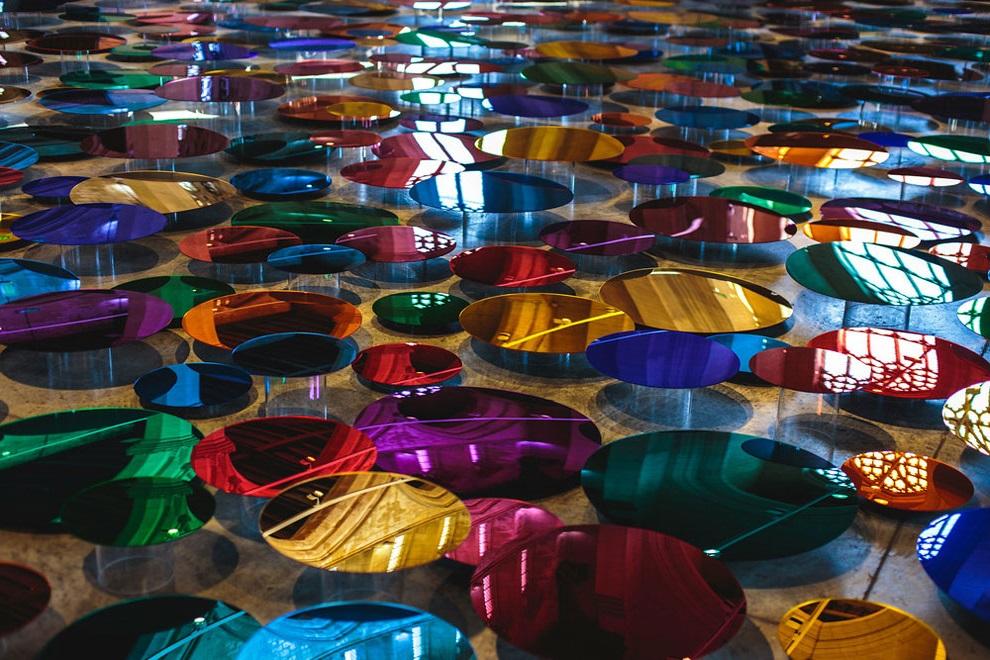 цветные зеркала