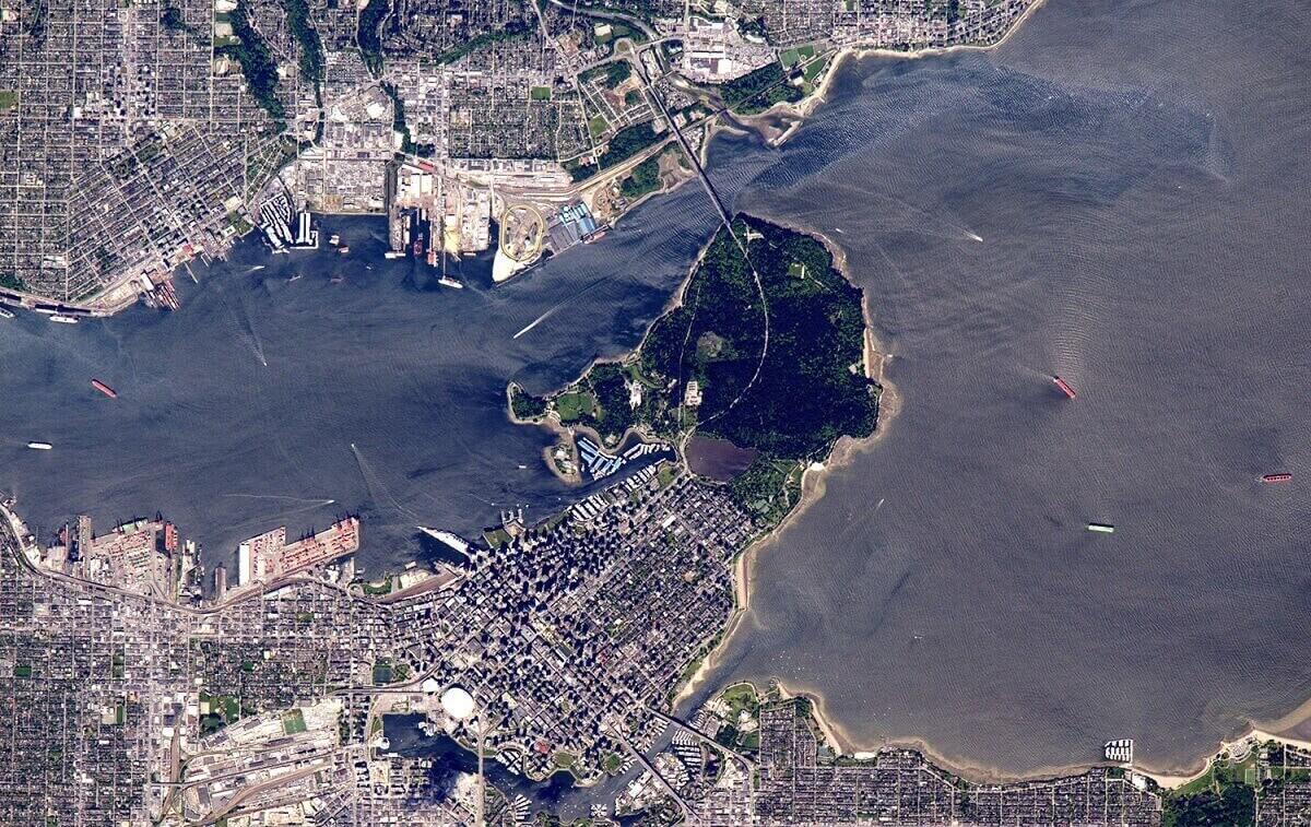 Вид на город Ванкувер, расположенный в Британской Колумбии,.