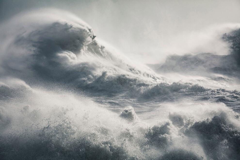 Водоворот, Шторм Имоджен, снимок сделан в Ньюхевене, Восточный Суссекс, снимок получил награду журнала «Sunday Times Magazine». (Фото Rachael Talibart PA Wire)