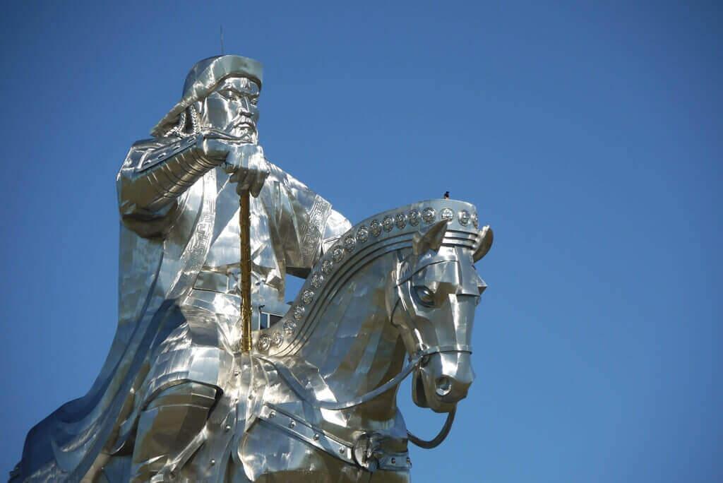 всадник на коне, памятник Чингисхана