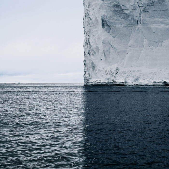 Антарктика, 4 оттенка синего