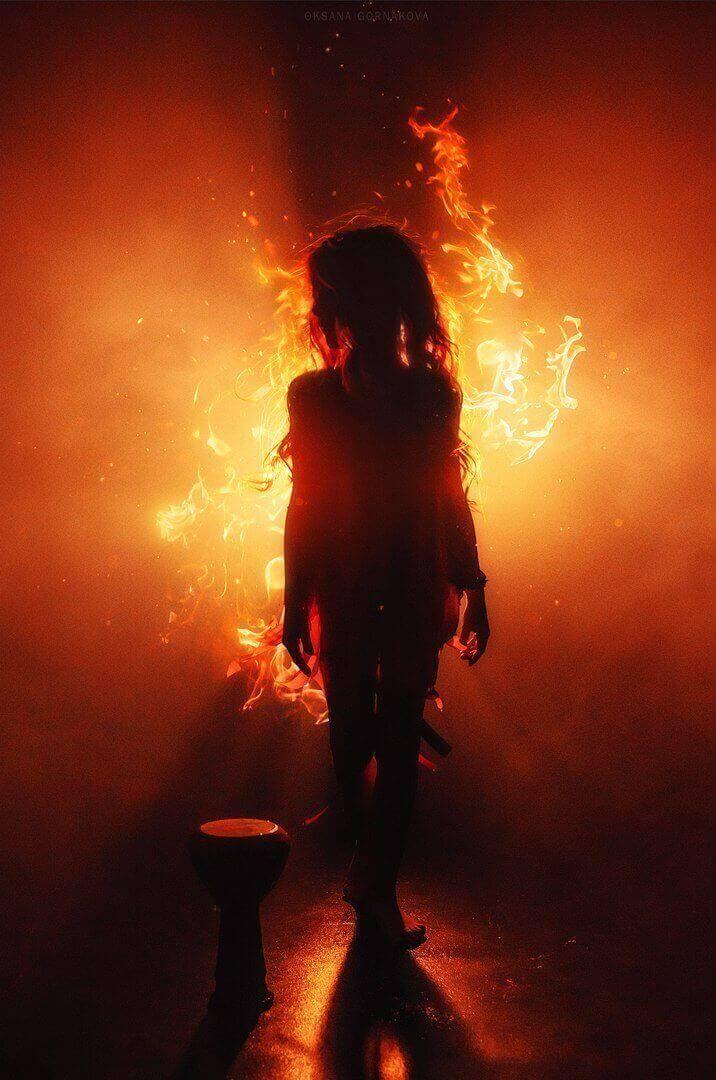Девочка огонь