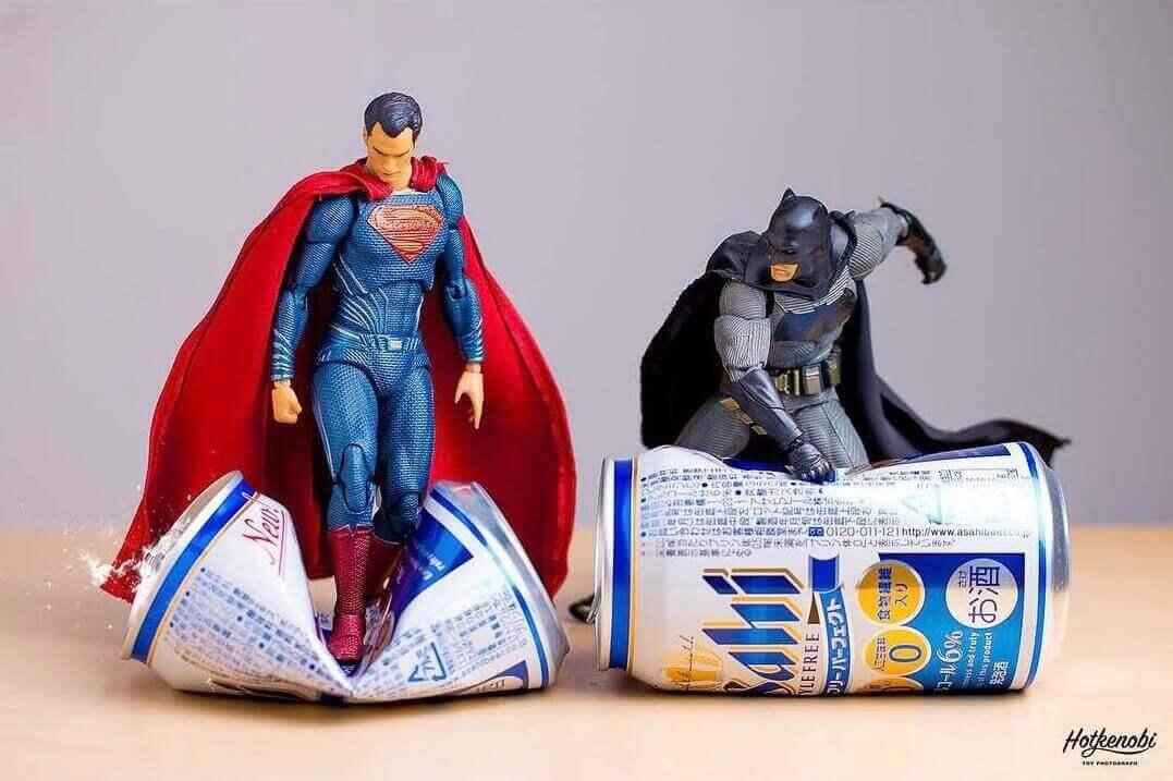 Супермен и Бэтмен меряются силами