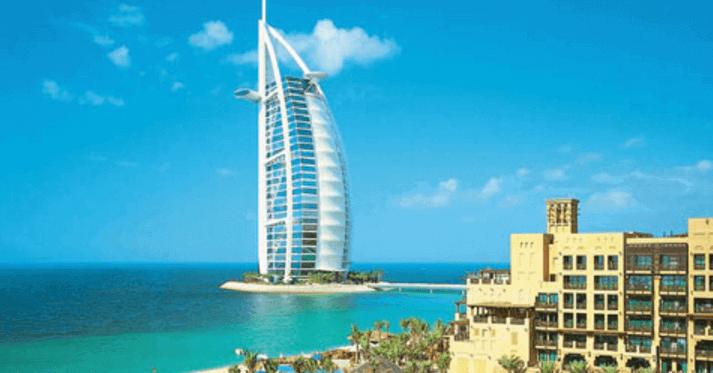 летом в Арабских Эмиратах