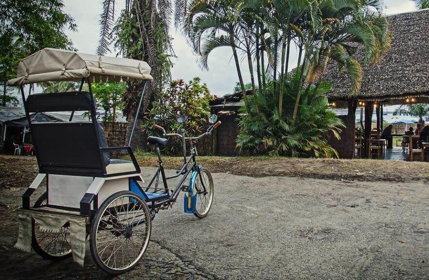 проехать на велорикше