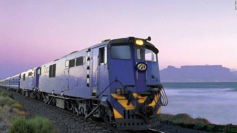 Голубой поезд