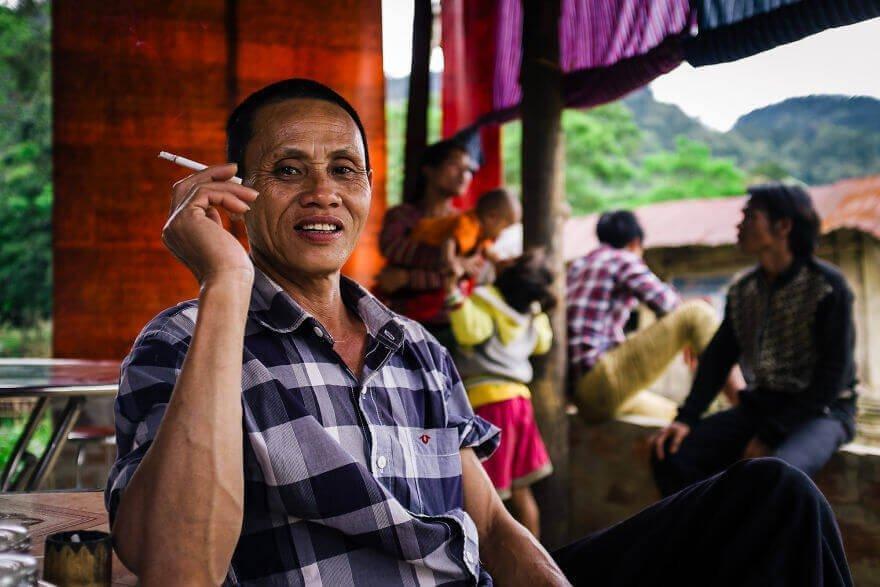 Ностальгическая беседа о прошлой жизни в пещерах Вьетнама