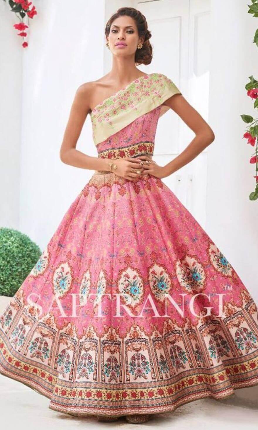 Розовое платье для свадебного торжества