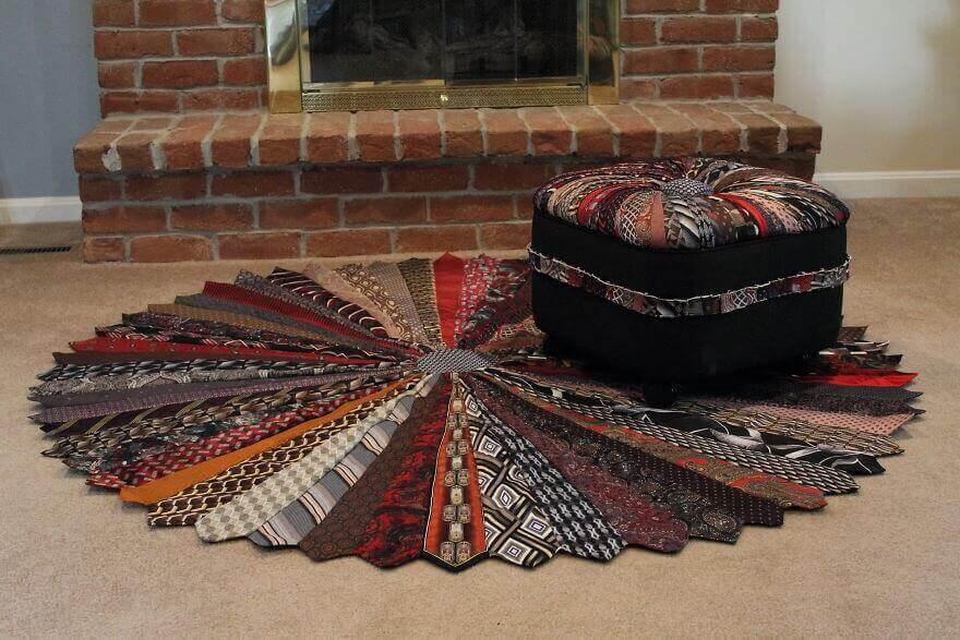 мужские галстуки превращенные в платье и коврик
