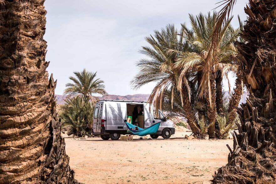 дом на колесах из фургона