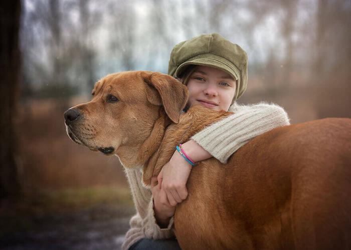 Собака, которую любят дети и взрослые. Удивительные фото Сони Эдкок