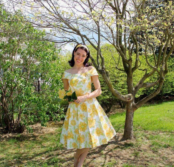 Весеннее платье из кухонных обоев бабушки