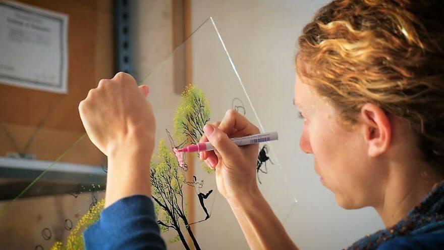 техника рисования по стеклу