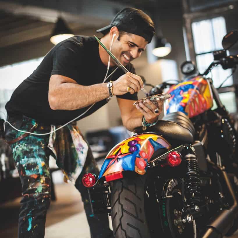 превращение мотоцикла в произведение искусства