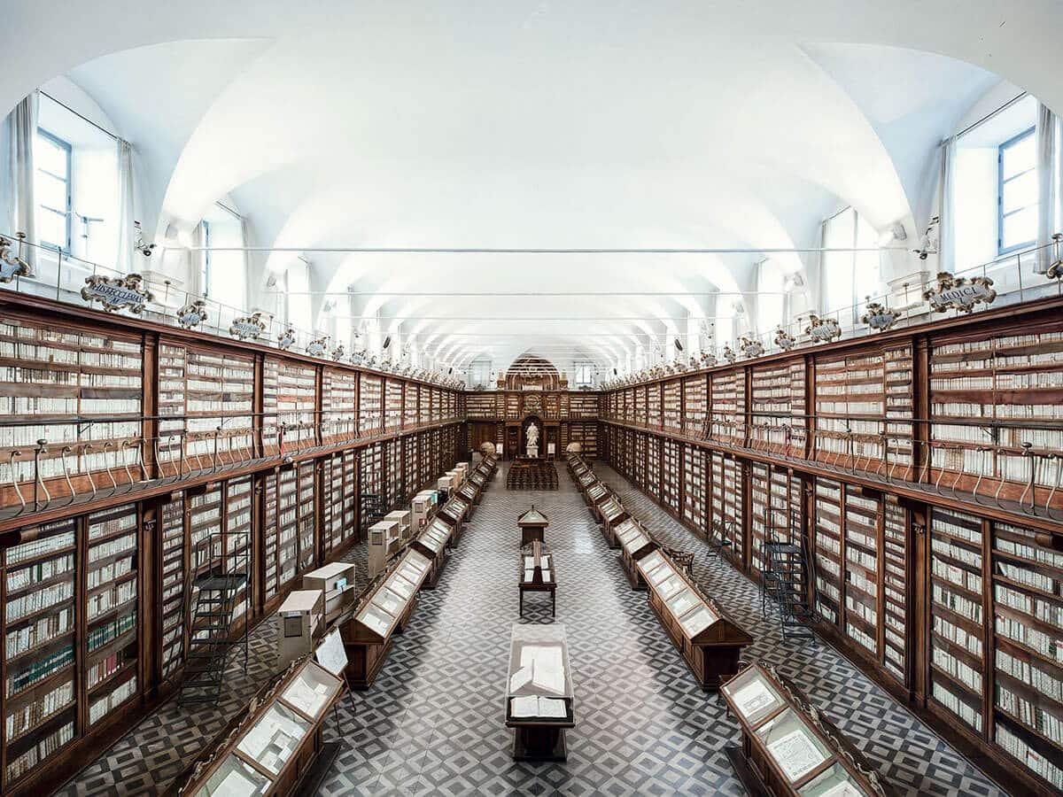 Библиотека Казанатензе, Рим, 1701