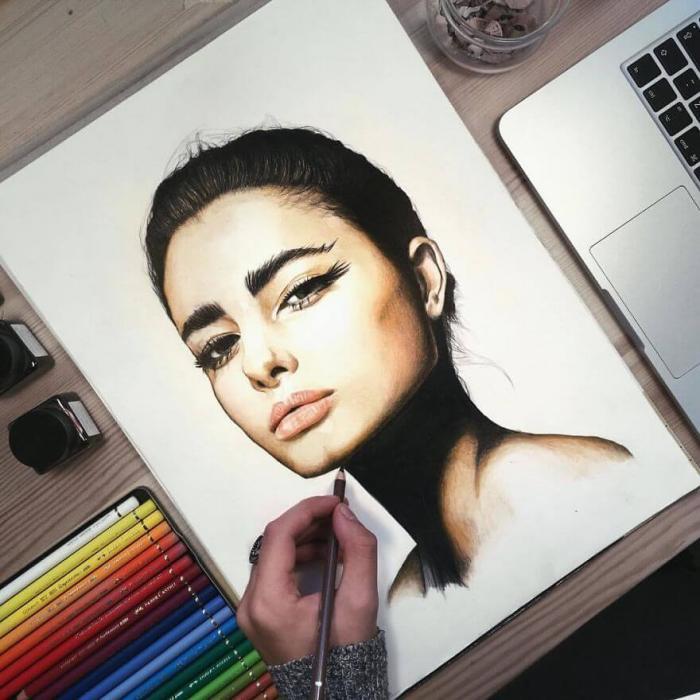 Гиперреалистичные портреты знаменитостей цветными карандашами