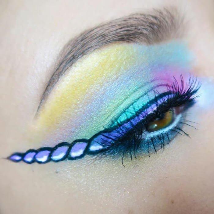 макияж глаз в форме рога единорога, фото 12