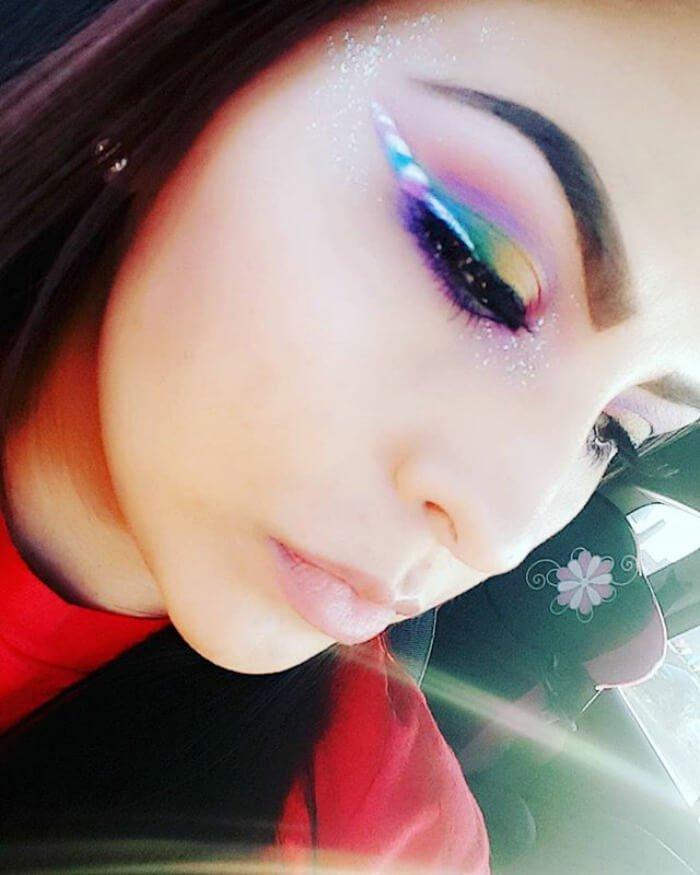макияж глаз в форме рога единорога, фото 8