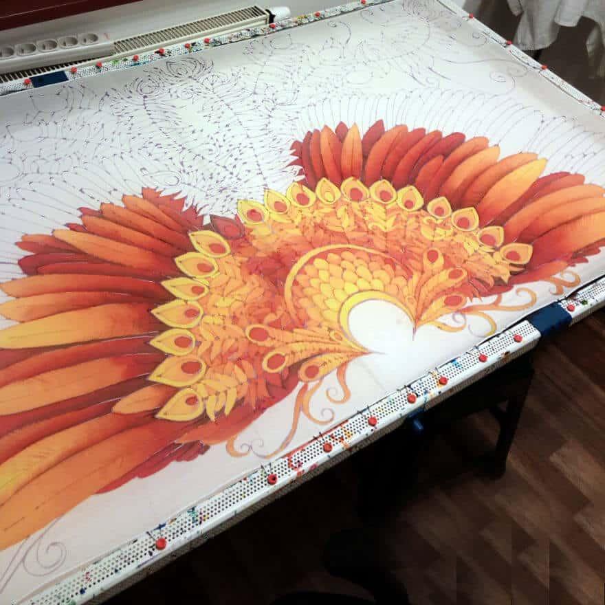 рисунок крыльев жар-птицы на летнем платке, шелковый шарф