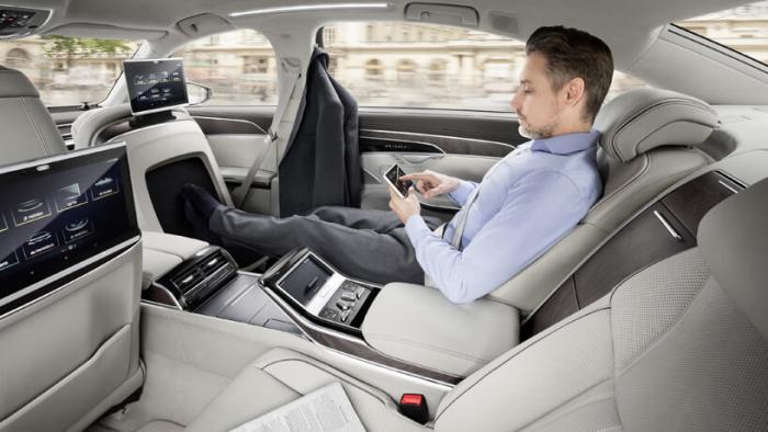 Новые автопилотируемые модели люкс класса AUDI A8 и A8 L