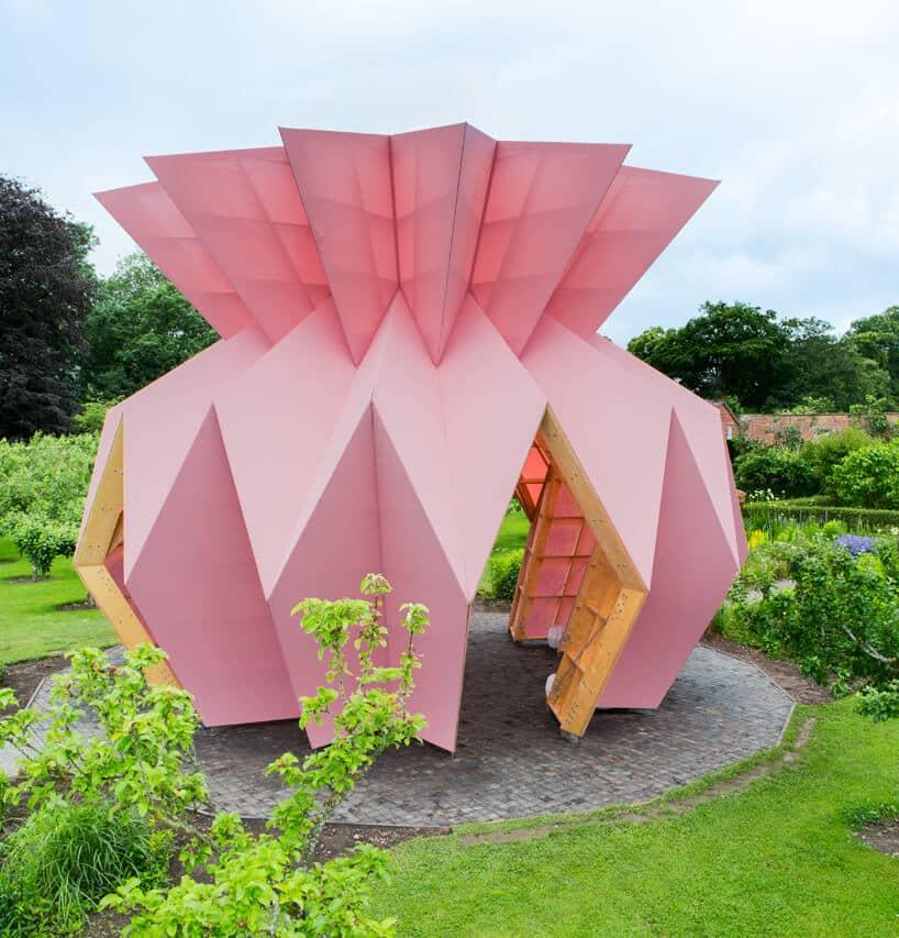 Розовый скульптурный павильон Look! Look! Look!, фото 6