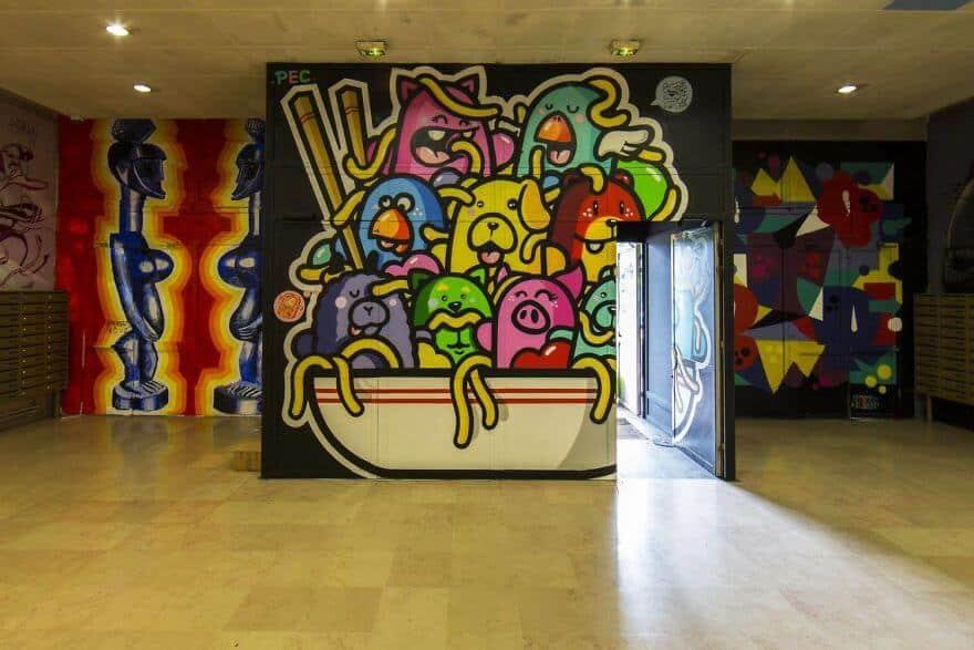 художники разрисовали стены студенческого общежития, фото 15