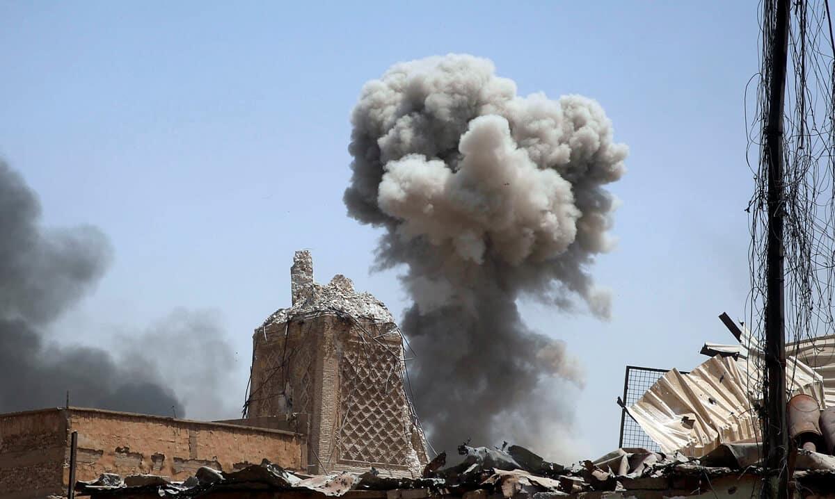 иракский город Мосул во время боев, фото 11