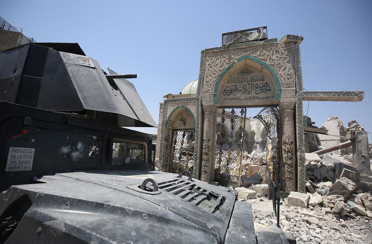 иракский город Мосул во время боев, фото 16