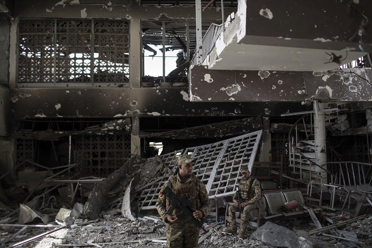 иракский город Мосул во время боев, фото 22
