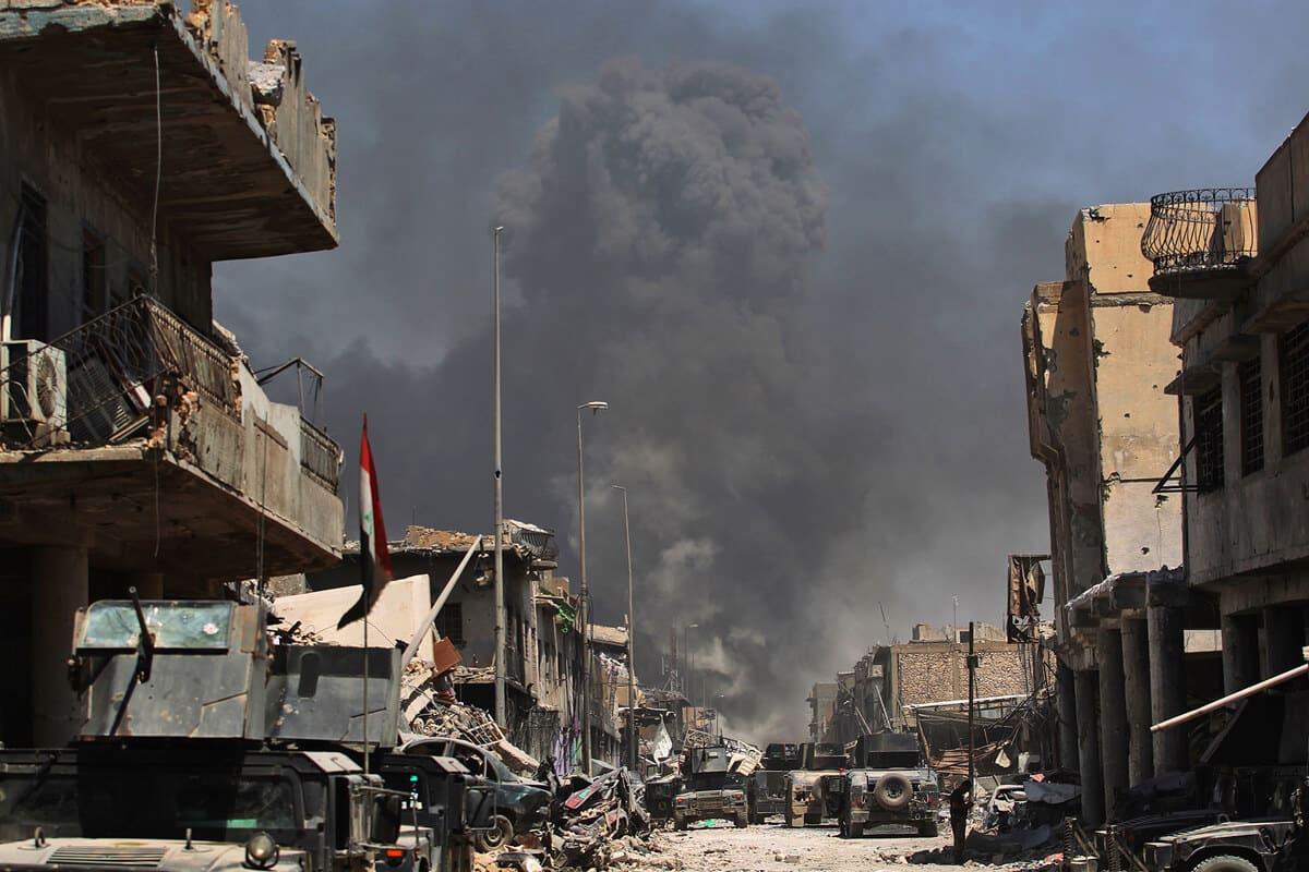 иракский город Мосул во время боев, фото 23