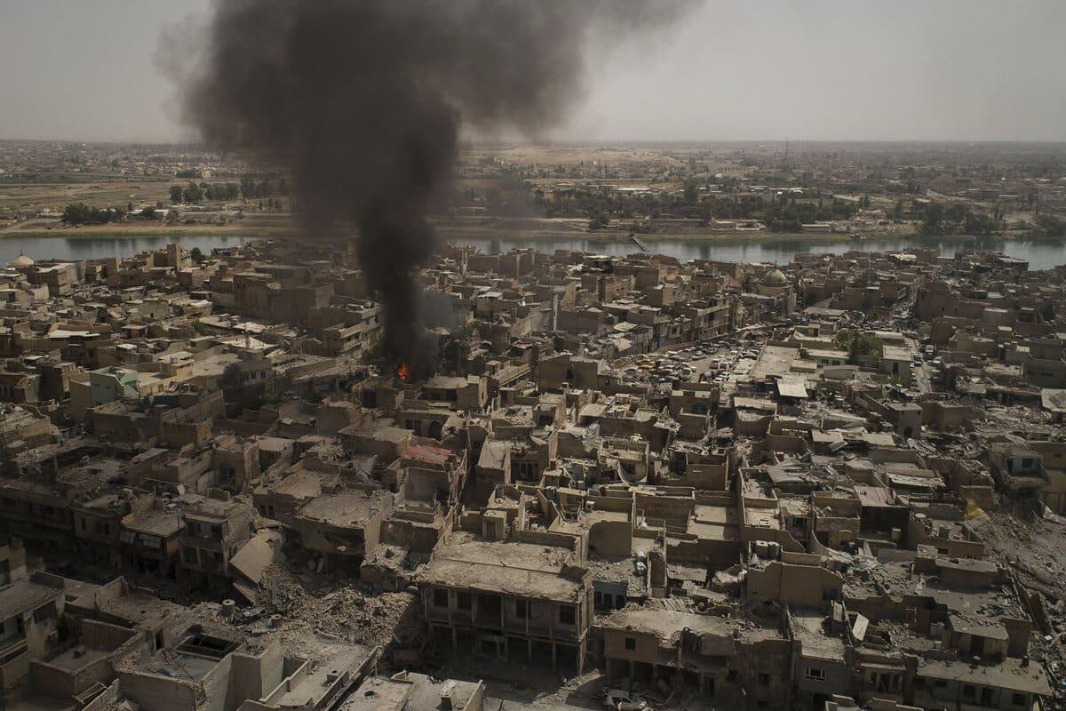 иракский город Мосул во время боев, фото 3
