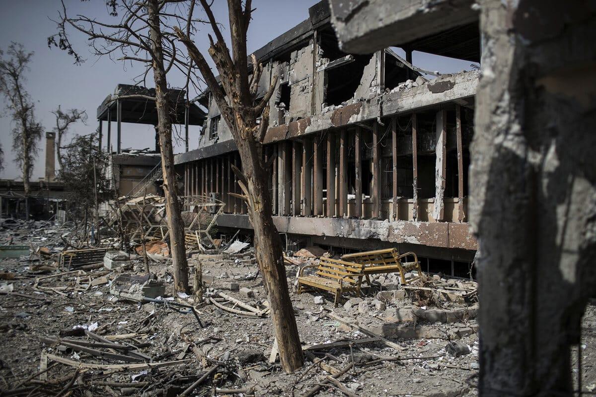 иракский город Мосул во время боев, фото 6