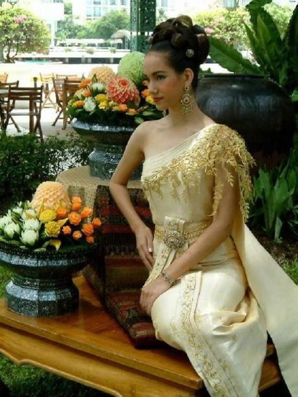женщины в традиционных костюмах, Лаос, фото 13