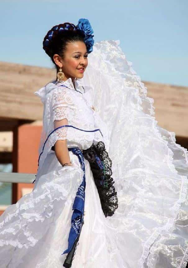 женщины в традиционных костюмах, Мексика, фото 4